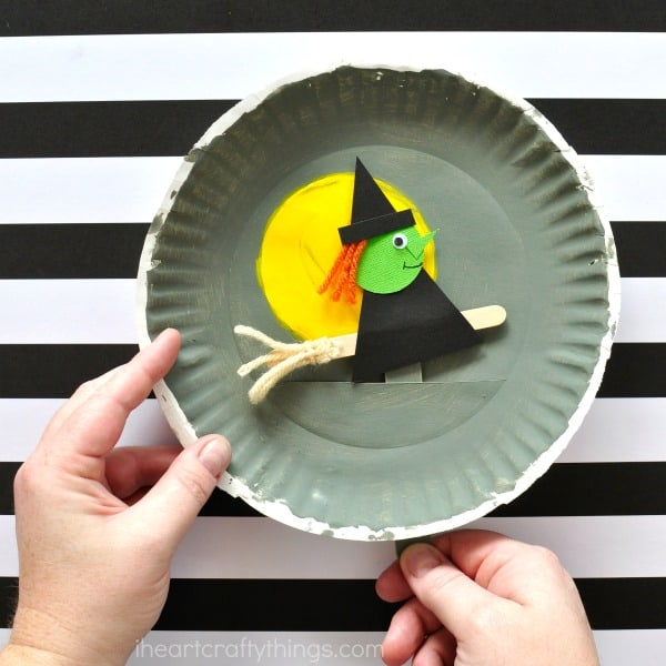 image about Halloween Crafts for Kids+free Printable known as 15 SPOOKTACULAR HALLOWEEN Artwork Tasks FOR Little ones