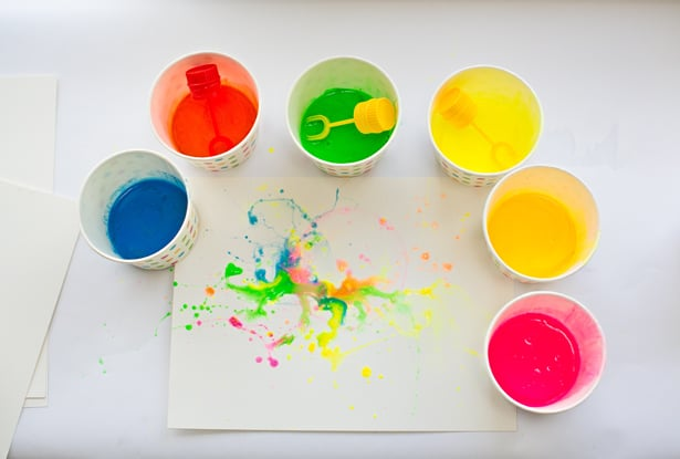 diy abstract bubble painting with kids