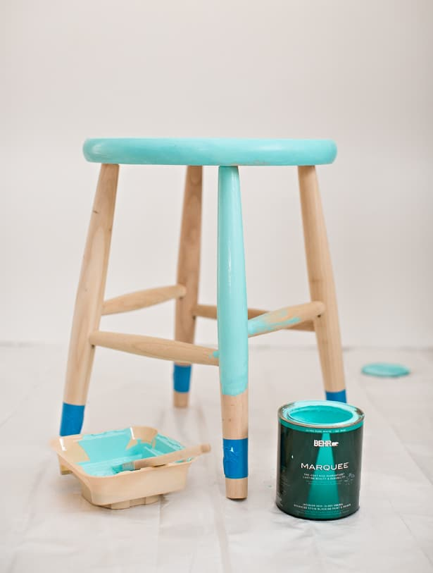 Wipe off any dust from your unfinished wooden stool. Tape off the ends of the legs with tape. & hello Wonderful - EASY DIY PAINTED CHILDRENu0027S STOOL WITH ... islam-shia.org