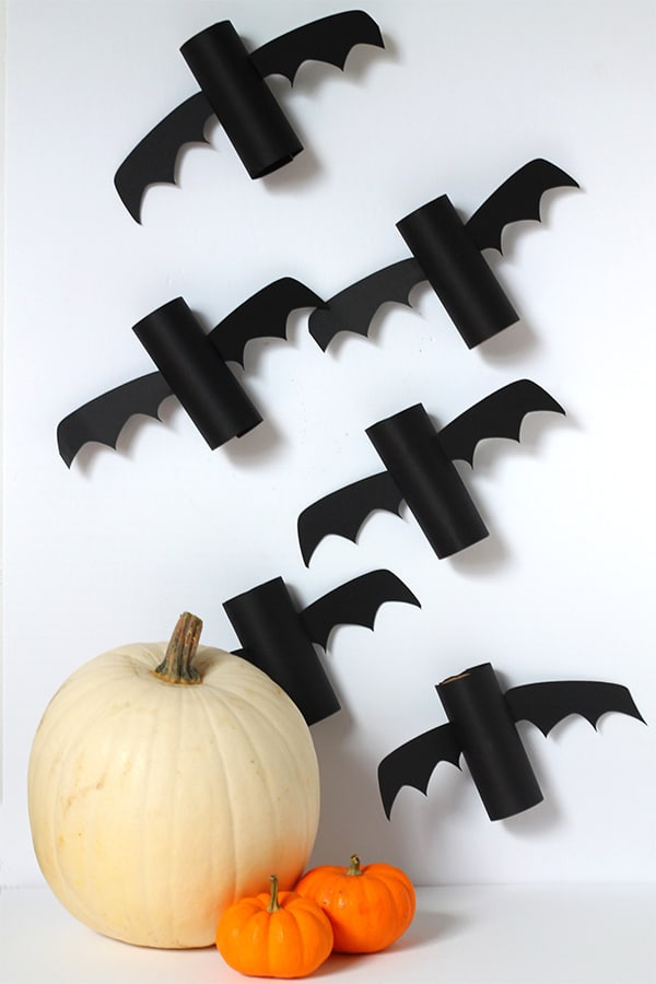 recycle paper tubes to make bat friends or hang them up for creepy halloween decor - Halloween Bats Crafts