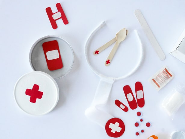 Diy Recycled Doctor Emergency Kit For Pretend Play