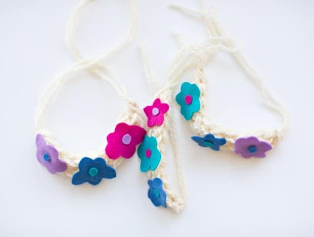 Knit flower necklace.