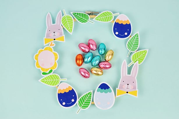 Celebrate Easter With The Kids This Adorable Wreath Designed Cute Characters Like Smiling Eggs Bunnies And Flowers