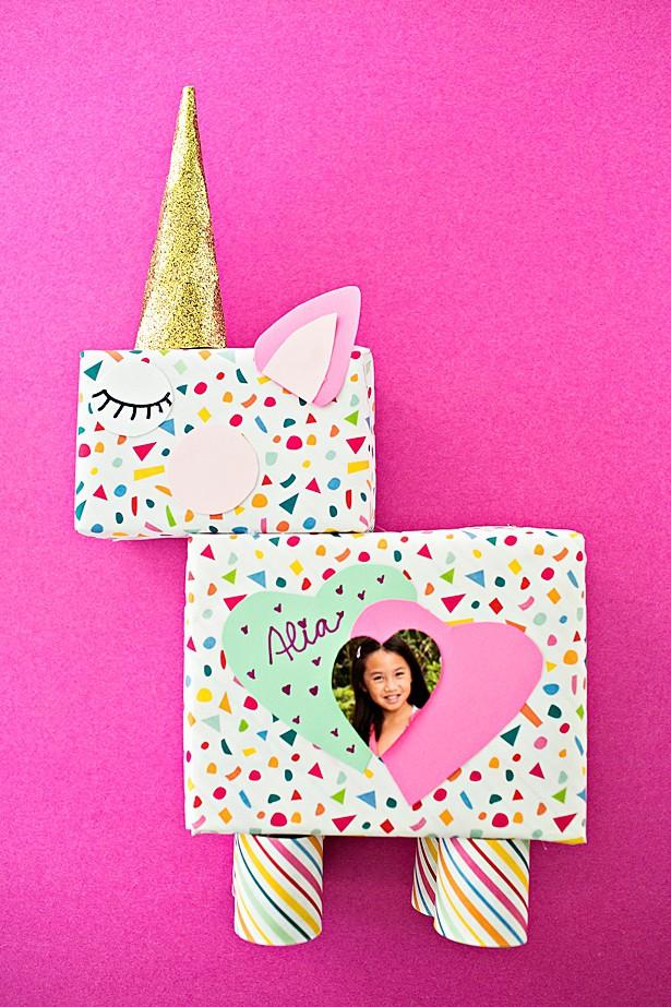 wrapping paper unicorn box
