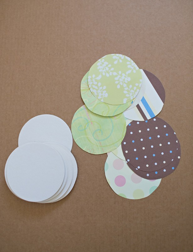 EASY DIY PAPER COASTER GIFT - Coasters with photos on them
