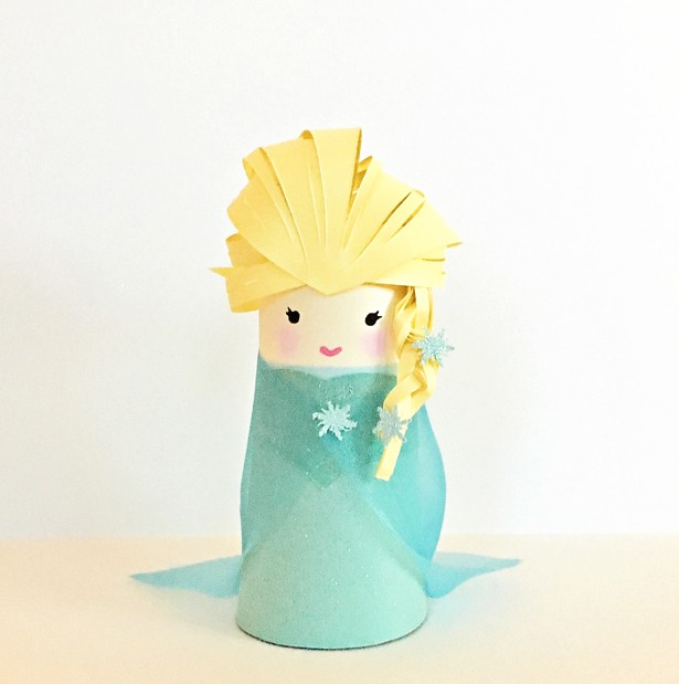 Frozen elsa paper tube craft for Where to buy cardboard tubes for craft