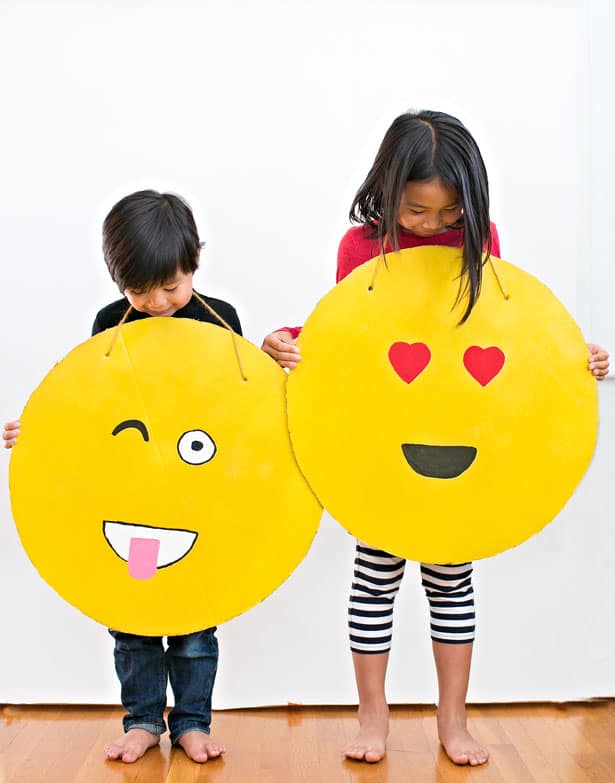 Easy Diy Cardboard Emoji Costume