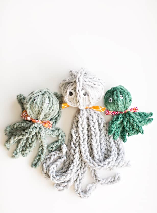 Finger Knit Octopus Review Of Knitting Without Needles Book