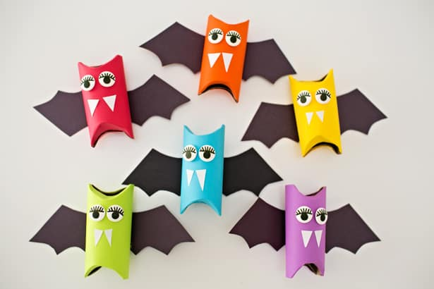 hello, Wonderful - RAINBOW PAPER TUBE BATS: HALLOWEEN CRAFT FOR KIDS