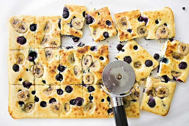 Sheet pan banana blueberry pancakes ccuart Image collections
