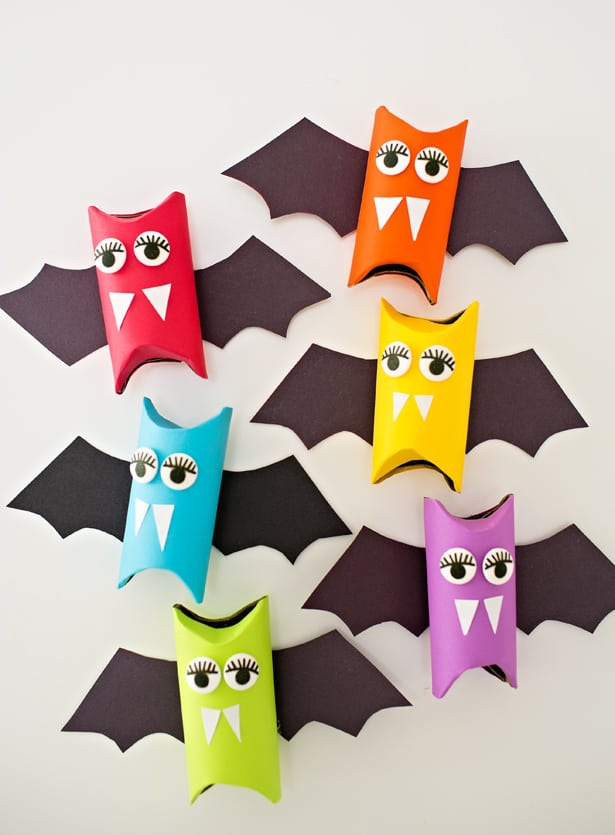 RAINBOW PAPER TUBE BATS HALLOWEEN CRAFT FOR KIDS