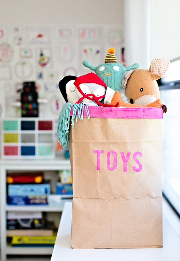 Superior Find Out How We Turned Two Paper Grocery Bags Into A Chic And Functional  Toy Storage Bin!