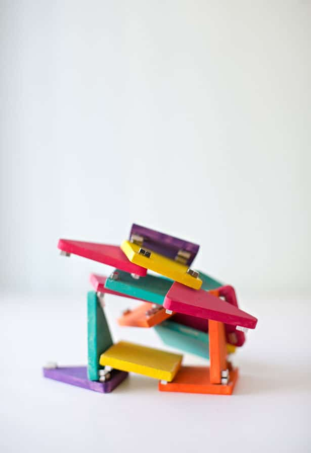 8 FUN MAGNETIC TOYS AND GAMES TO MAKE