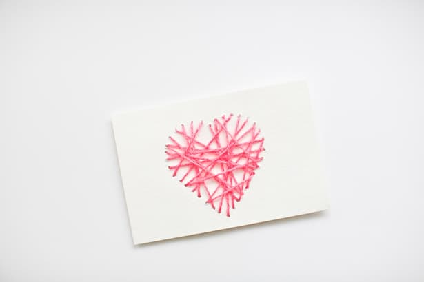 Make string heart yarn cards for What can you make out of string