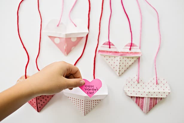 Origami Tie Heart - How To Make Easy Origami Heart | Easy Origami ... | 410x615