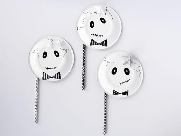 Paper Plate Skeleton Mask u2013 Materials & EASY DIY SKELETON PAPER PLATE MASKS
