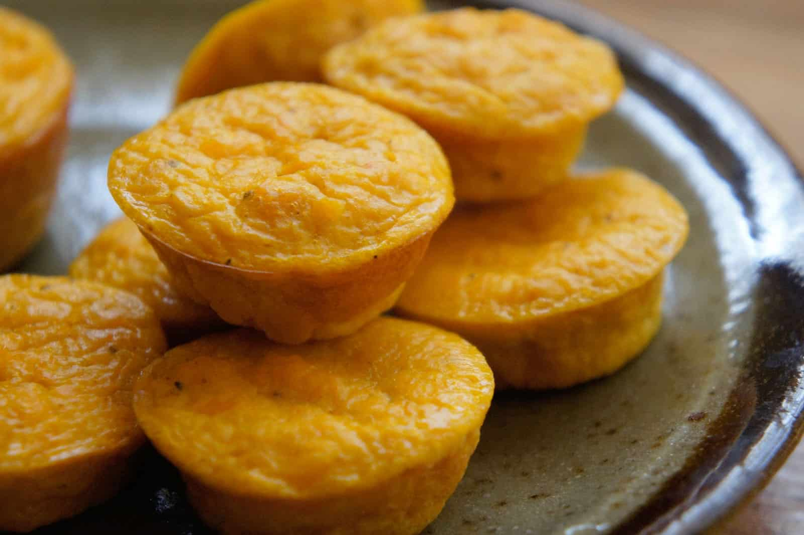 10 kid friendly ways to eat squash butternut squash souffle bites via kid can eat only 3 ingredients are required to make these easy miniature squash bites forumfinder Images