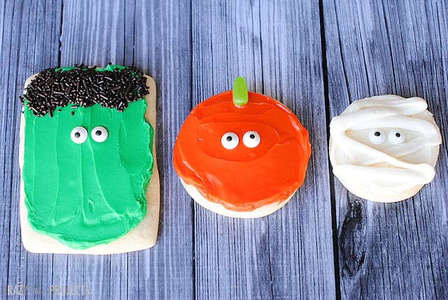 hello wonderful 8 easy last minute halloween treats kids can make