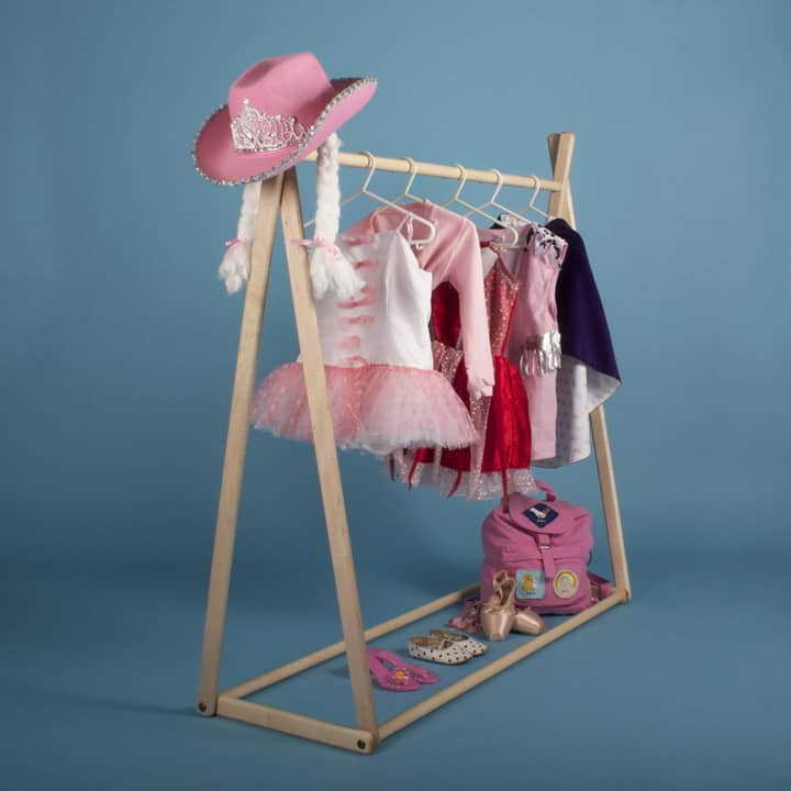 Diy Child Clothes Rack: 12 UNIQUE STORAGE IDEAS FOR THE KID'S ROOM