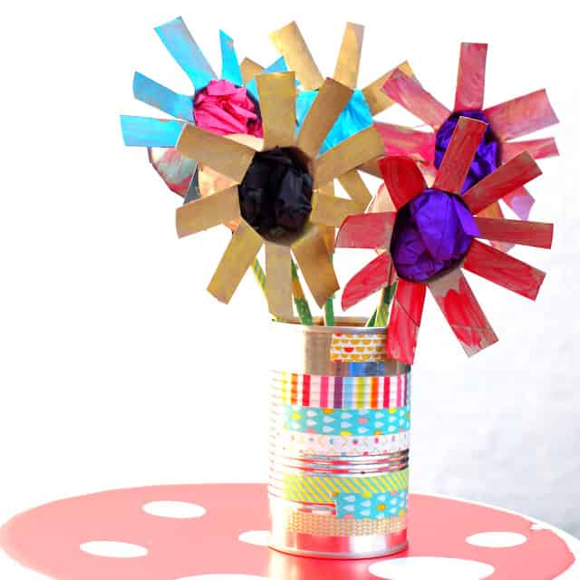 10 GORGEOUS FLOWER BOUQUETS KIDS CAN MAKE