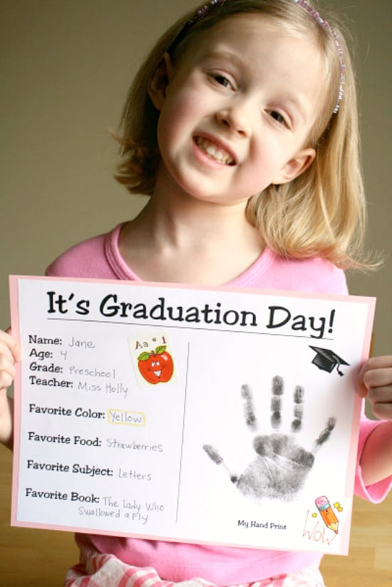12 festive graduation free printables for kids