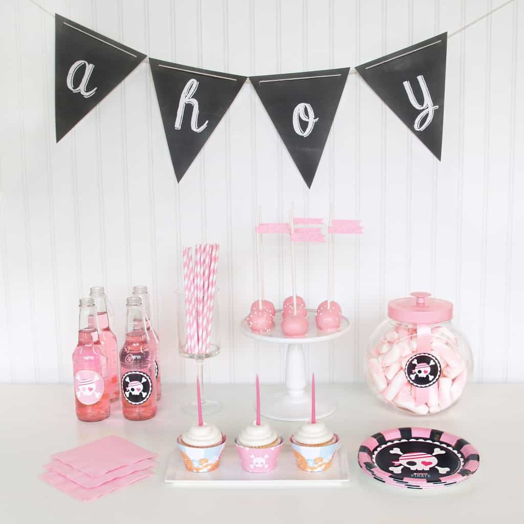 Pink Pirate Party Via Birthday Express Ahoy Matoy This Pretty In Is Super Sweet Yet Dashing And Thrilling At The Same Time