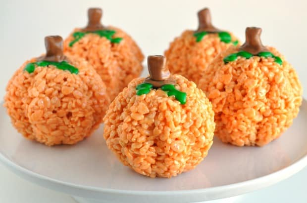 Can You Mold Rice Krispie Treats In A Cake Mold