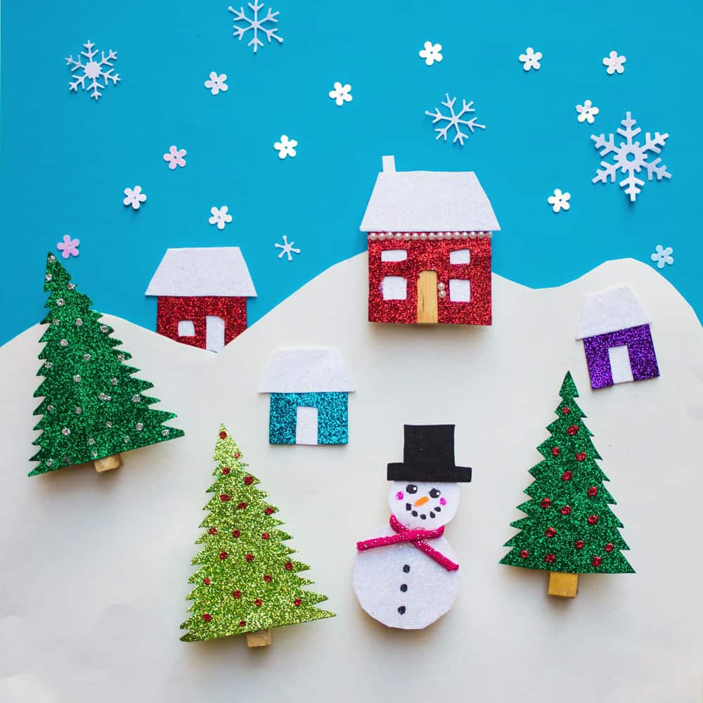 How to Make Christmas Refrigerator Magnets