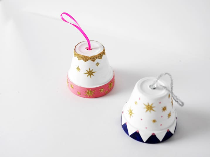 Diy clay pot christmas bell ornament solutioingenieria Choice Image