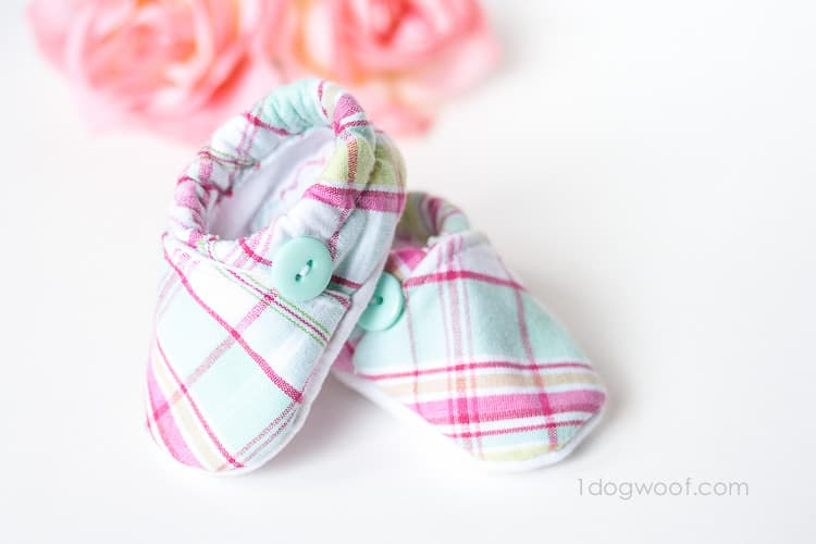 8 OF THE CUTEST DIY BABY SHOES