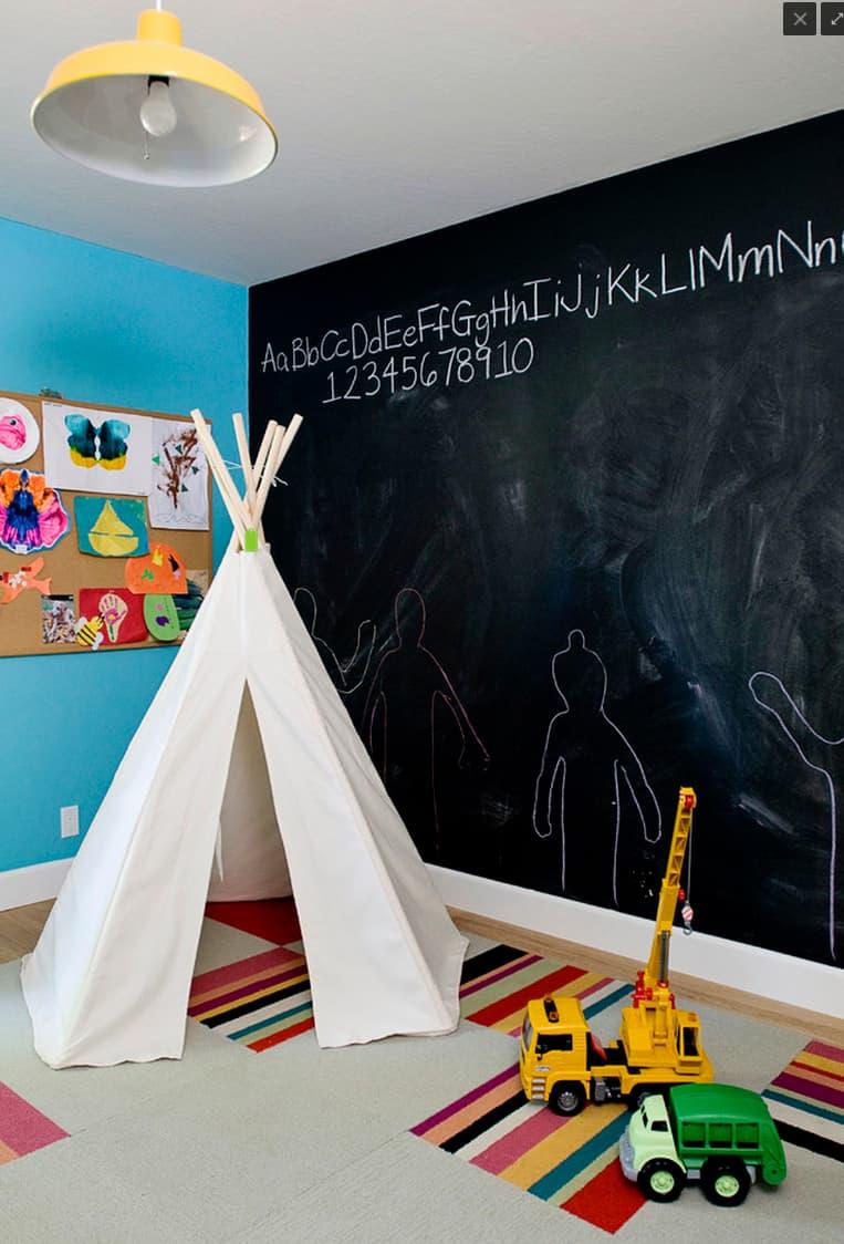 12 Creative Chalkboard Playroom Ideas