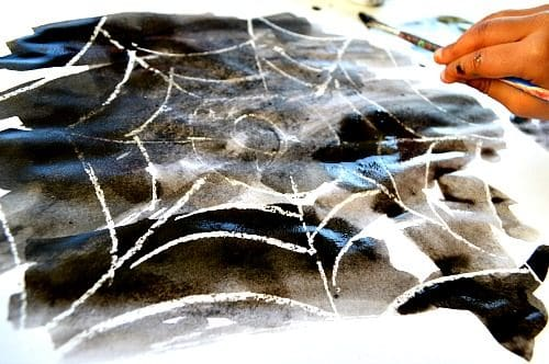 10 CREEPY CRAWLY SPIDER CRAFTS