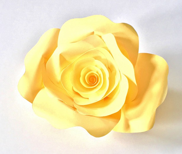 How to make diy paper roses with free printable template mightylinksfo