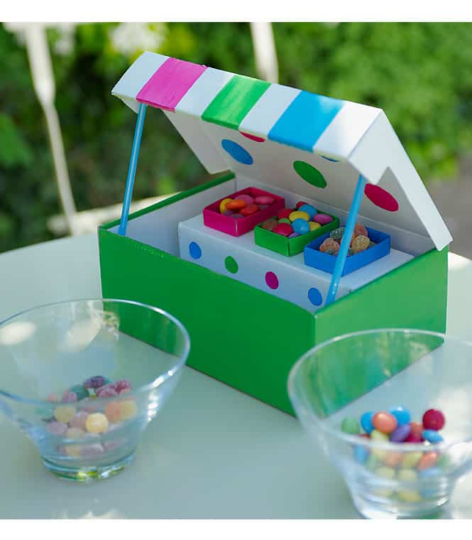 30 Shoe Box Craft Ideas: 10 INVENTIVE SHOEBOX CRAFTS