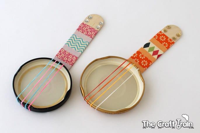 Make Mini Recycled Banjos
