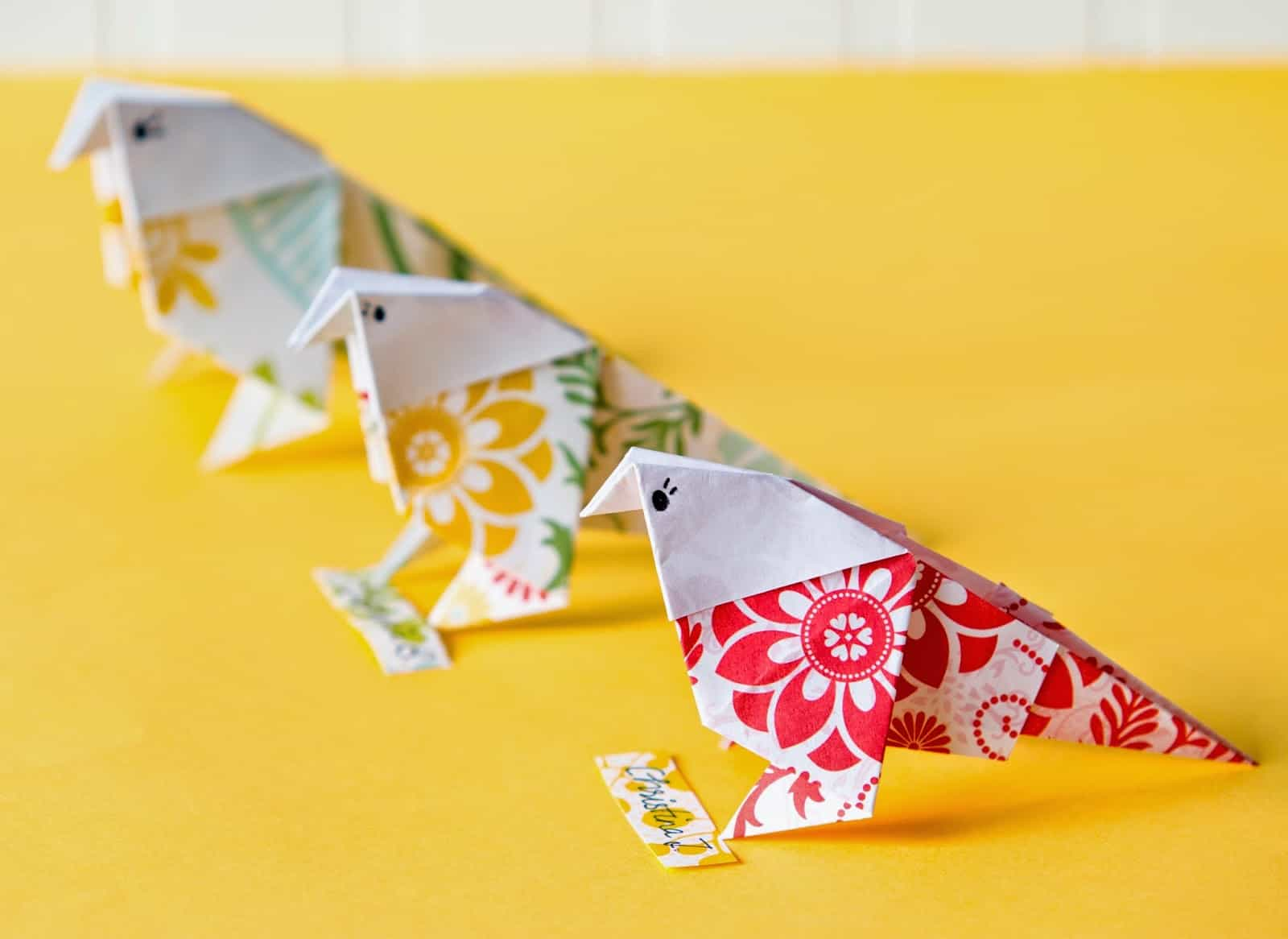 12 colorful bird crafts all you need is pretty paper and this thorough step by step tutorial that walks you through making origami birds the first few may be tricky jeuxipadfo Gallery