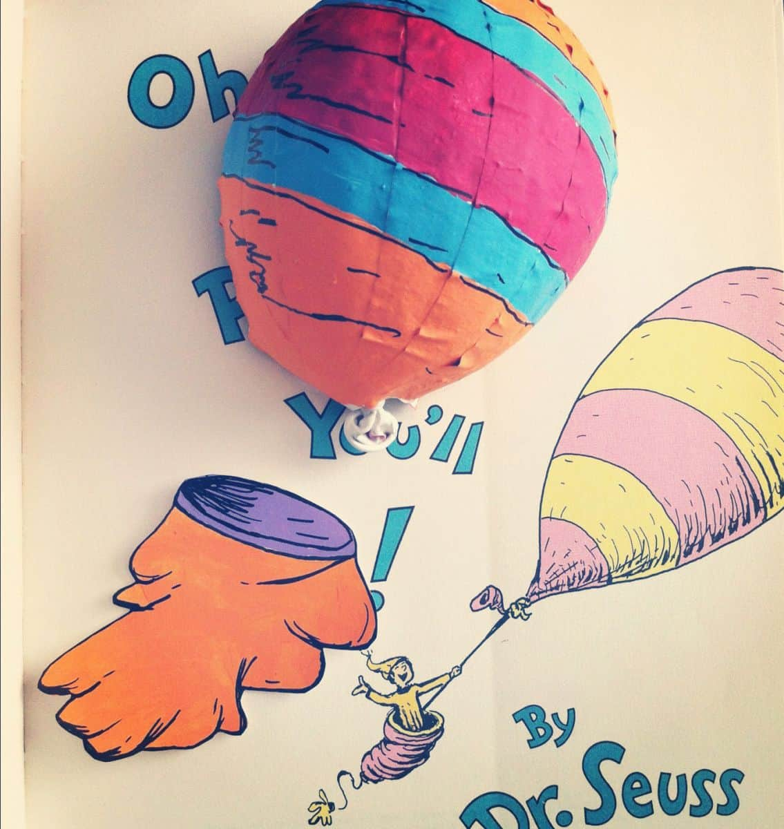hello wonderful happy birthday dr seuss 10 crafts to celebrate