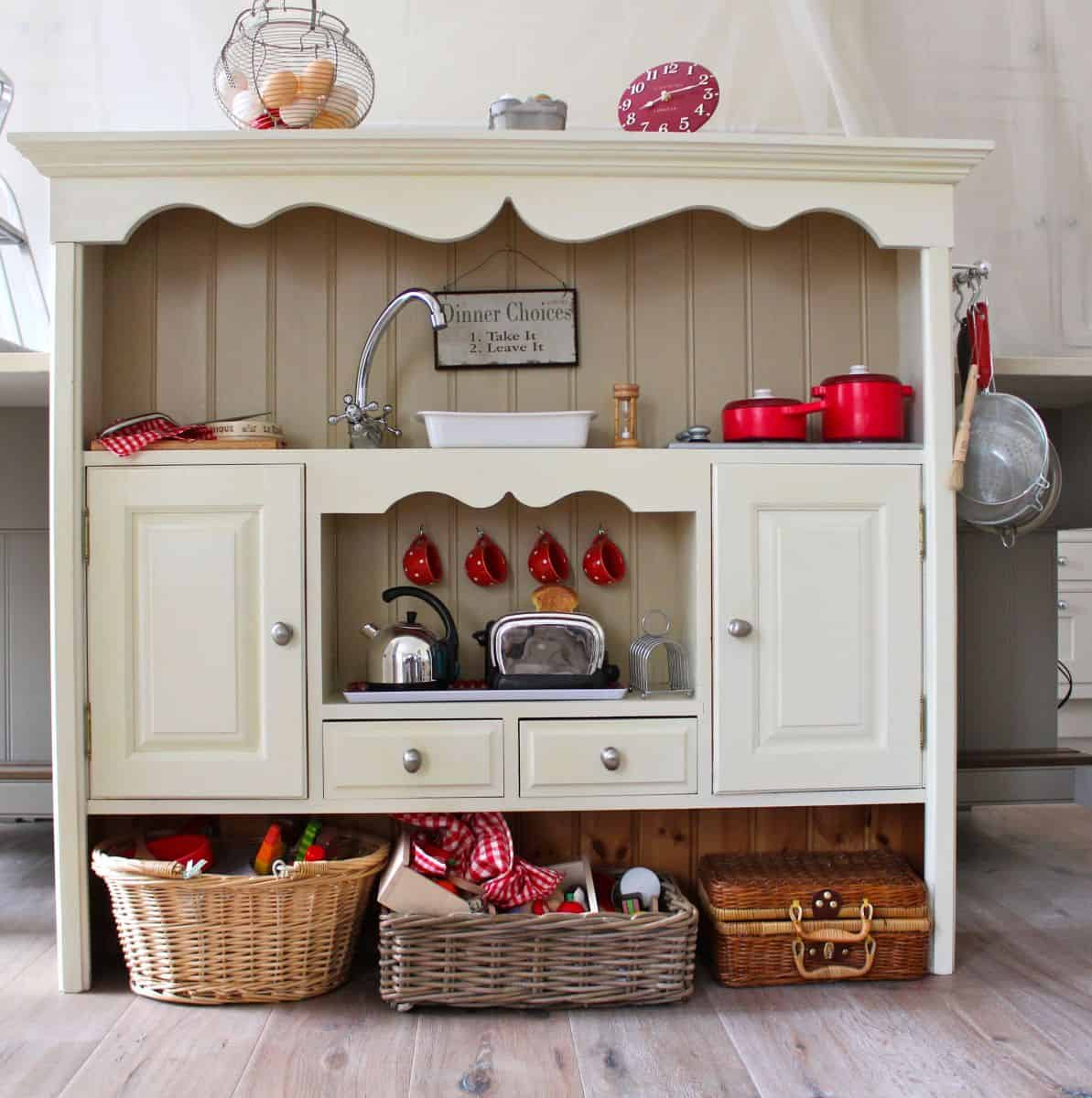 12 Awesome Diy Play Kitchens For Kids Toddlers
