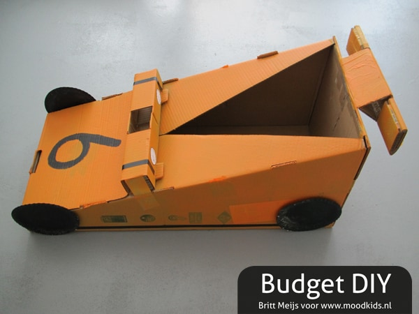 DIY CARDBOARD RACE CAR