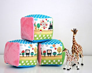 12 PRECIOUS DIY GIFTS FOR BABY