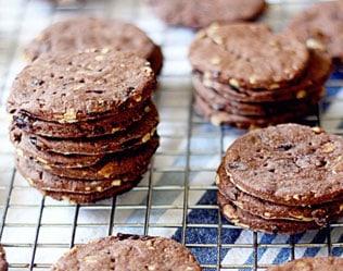 CHOCOLATE CHERRY SUNFLOWER CRACKERS