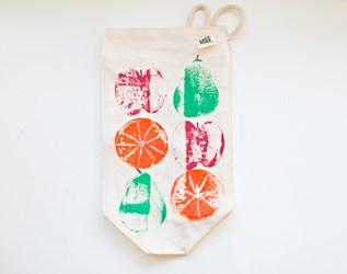 DIY FRUIT STAMPED LUNCH BAG