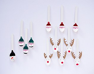 DIY CHRISTMAS HOLIDAY SPOON CRAFT