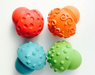 PLAY DOUGH TOOLS TO KEEP LITTLE HANDS BUSY