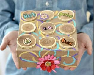 DIY HERB GARDEN IN A BOX