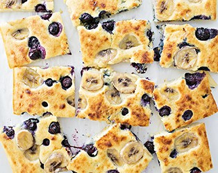 SHEET PAN BANANA BLUEBERRY PANCAKES
