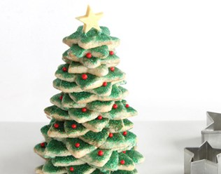 STACKED SUGAR COOKIE CHRISTMAS TREE