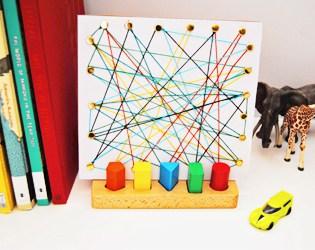 SIMPLE KID-MADE CARDBOARD STRING ART