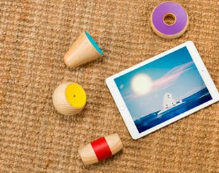 YIBU COMBINES WOODEN TOYS WITH TABLET PLAY