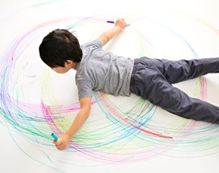 CREATE GIANT KID SIZE SPIROGRAPH DRAWINGS